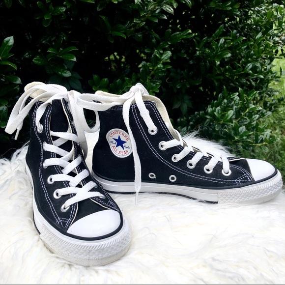 Converse Shoes | Euc Converse Classic